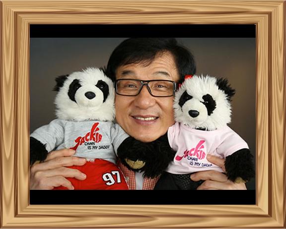 Jackie et les peuluches Panda La et Zy